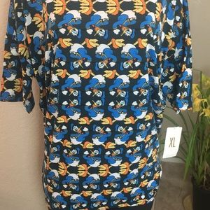 XL Irma Blouse features Donald Duck